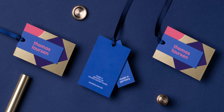 gold business card design by MOO