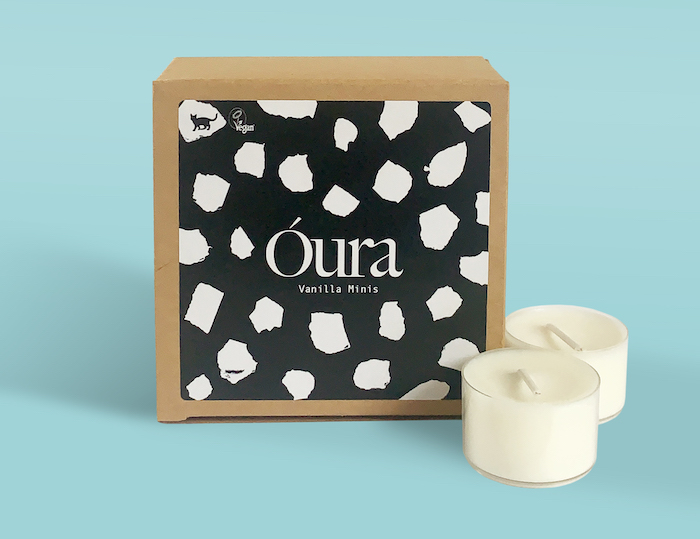Óura candle box with sticker